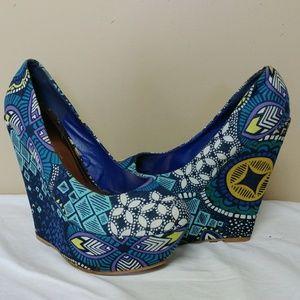 Size 11 wild diva cloth wedge high heels platform